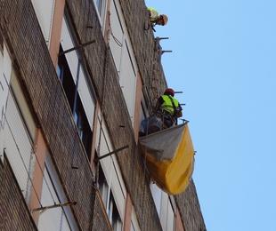 Derribos controlados y reparaciones de fachadas en Santander.
