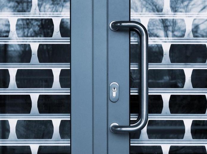 Colocación de cierres de seguridad : Servicios  de Cerrajería Jiménez