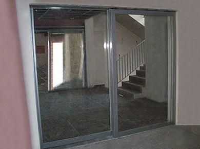 Puertas cortafuegos de vidrio automáticas batientes y fijos en Valencia