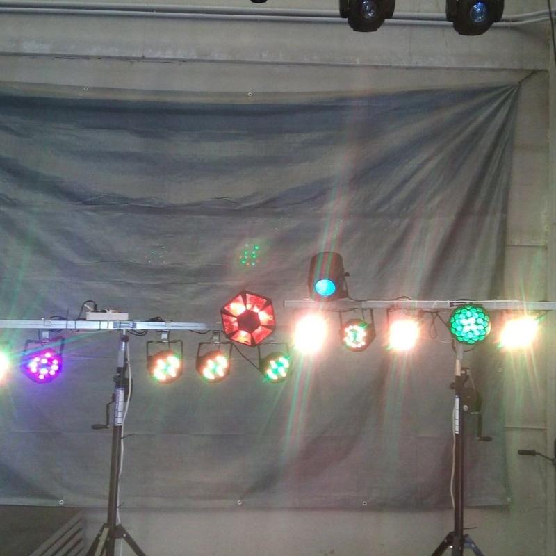 Barra luz disco-móvil: Nuestros servicios de Jukeval Eventos