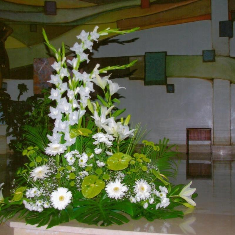 Centro iglesia: Productos de Floristería Kiara