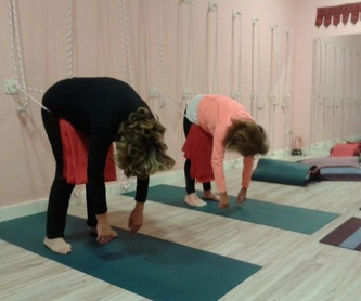 Meditación con cuencos tibetanos: Clases y talleres de Izel Yoga
