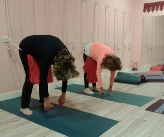 La Perla: Clases y talleres de Izel Yoga