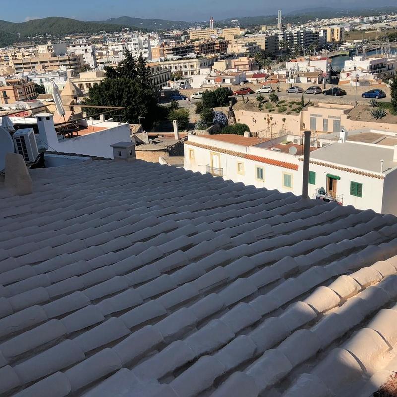 Reparaciones de tejados, cubiertas, fachadas: Servicios de Impermeabilizaciones Laachiri Bachir Ibiza
