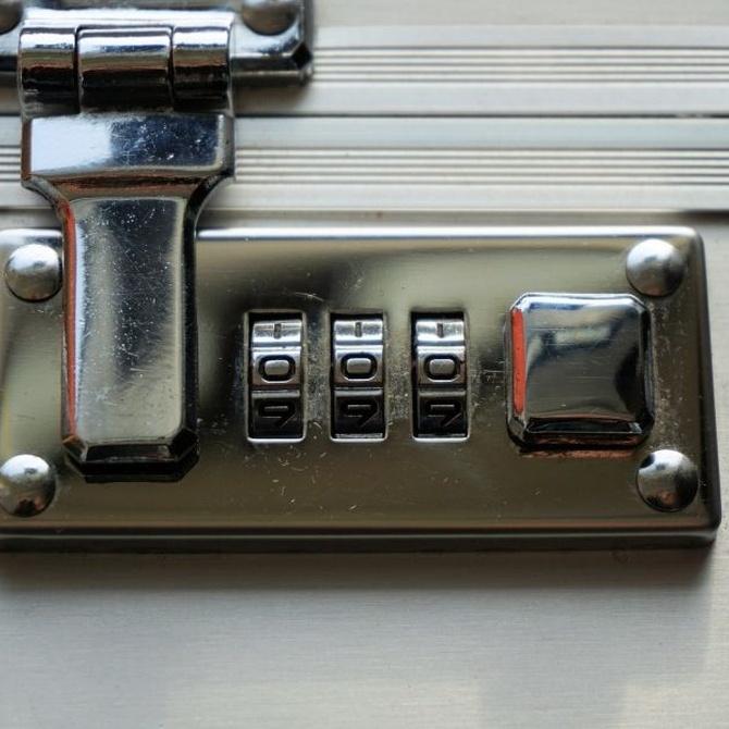 Qué es el cambio de combinación de una cerradura
