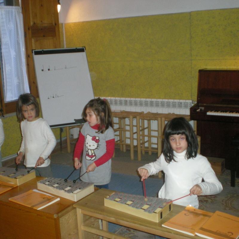 Treball d'iniciació musical amb el mètode d'Edgar Willems: Escuela de música i Expresión  de  Can Canturri