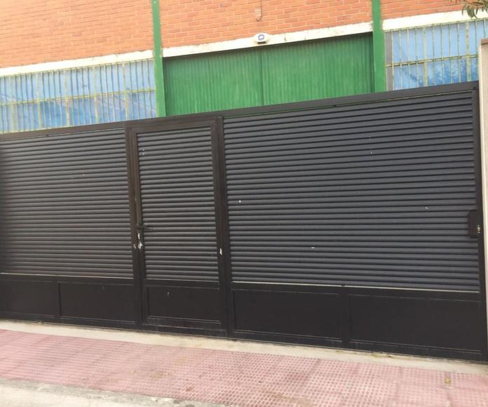 Puertas de hierro en Toledo