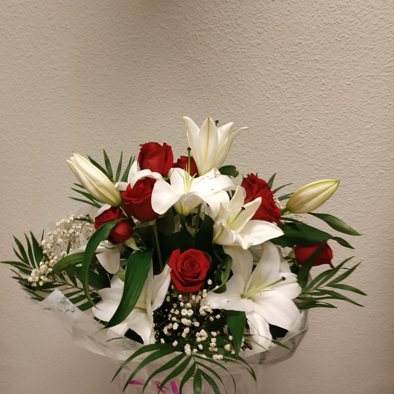 Ramos de flores: Productos y servicios   de Floristas San Isidro José