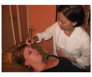 Tratamiento facial con diapasón Touche Le Mirage, Método Ari