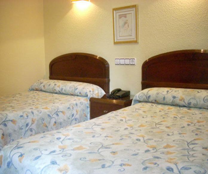Habitaciones: Servicios de Hotel Estadio