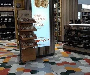 Light Boxes en las terminales de cruceros de Barcelona