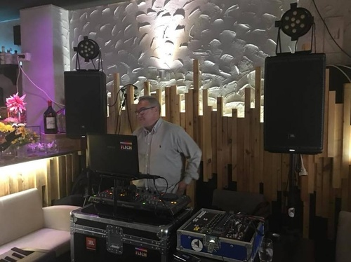 DISCOMOVIL TITO DJ