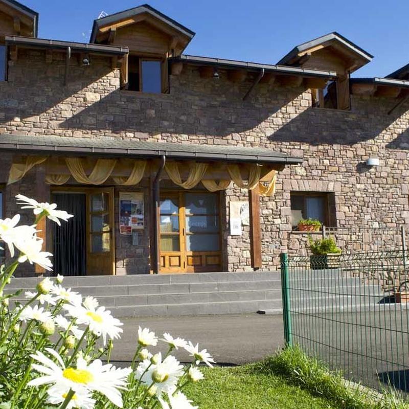 Recepción: Nuestros alojamientos de Camping Laspaúles