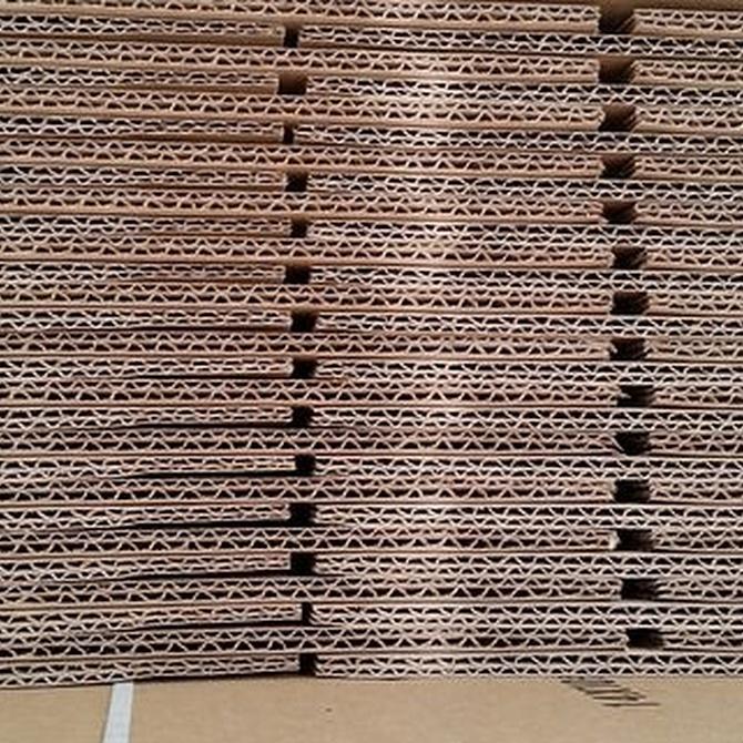 Mirando al pasado: historia de las cajas de cartón ondulado