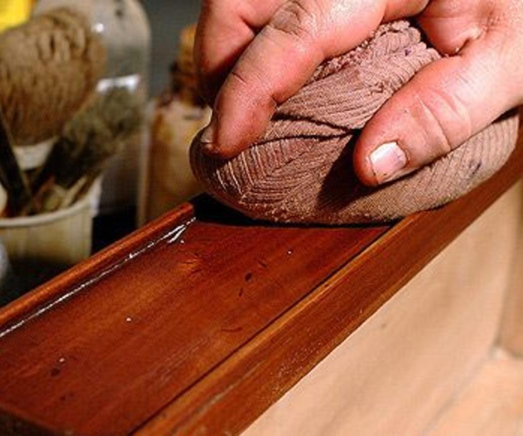 Productos para proteger el mobiliario de madera