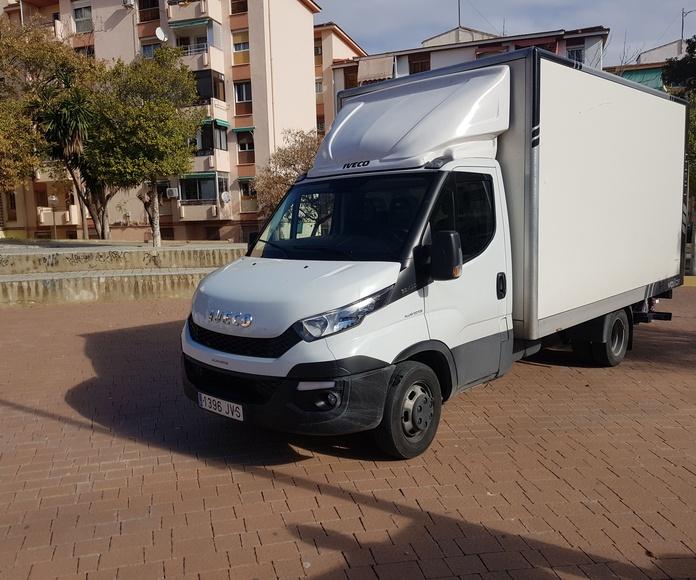Paquetería: Servicios de Transportes Pons