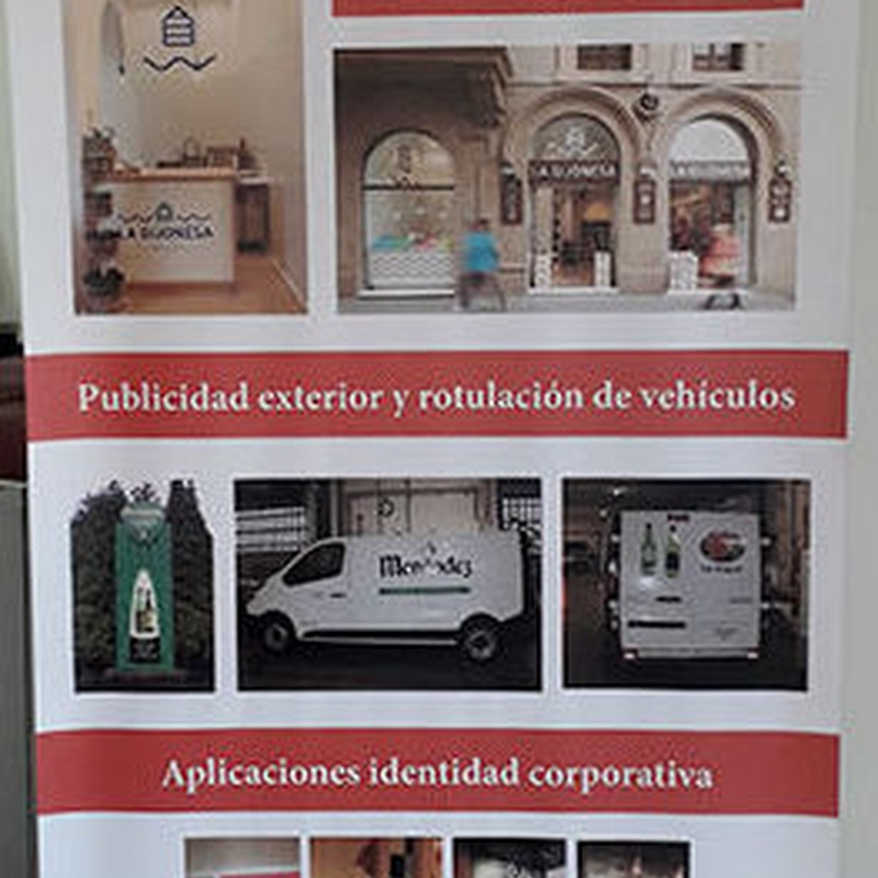 Soportes expositivos en Gijón