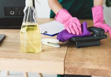 Servicios de limpieza de oficinas y comercios