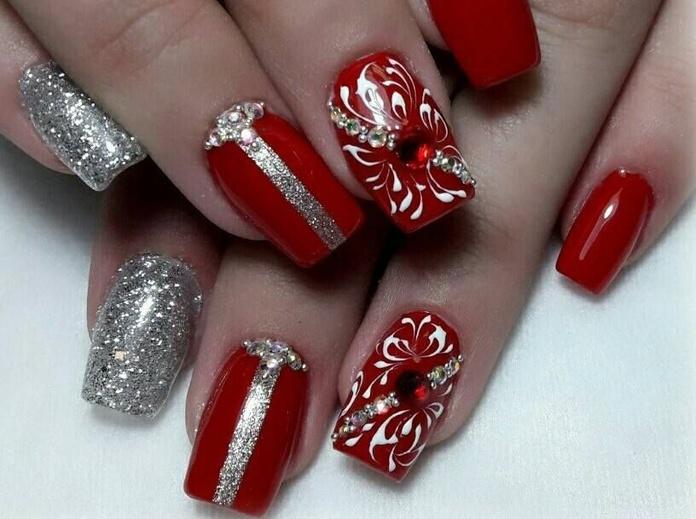 Manicura: Servicios de Lili Nails