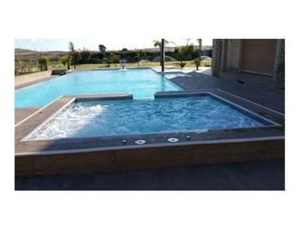 Obra exterior: Nuestras piscinas de Piscinas Aquaeski