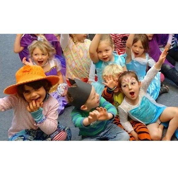 Teatro: Servicios de Escuela Infantil Cocorico