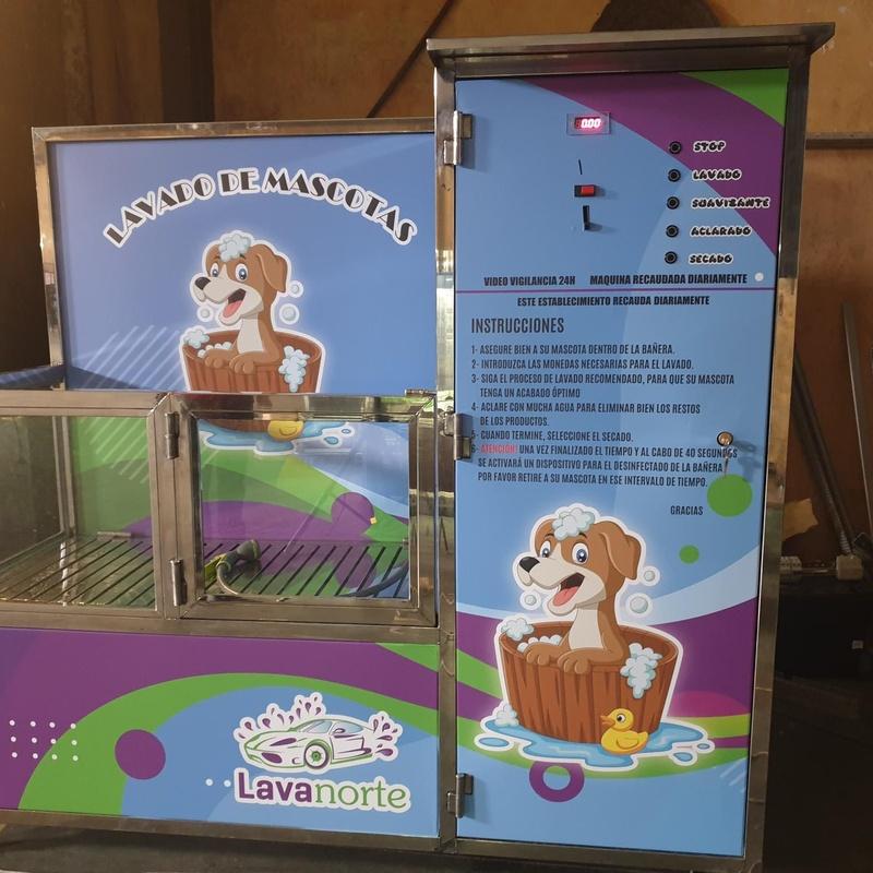"""Aspiradoras """"Fioto"""" y máquina lava perros: Servicios de Suministros Hispapress"""