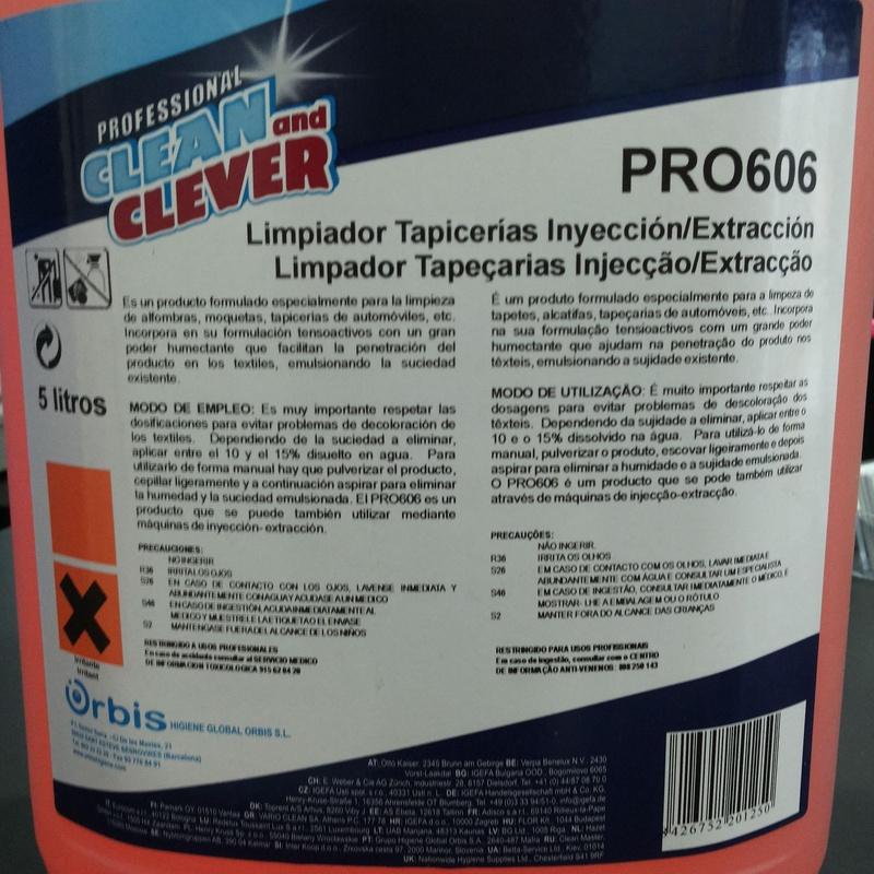 Limpiador de Tapicerías Inyeccion/ Extracción: SERVICIOS  Y PRODUCTOS de Neteges Louzado, S.L.
