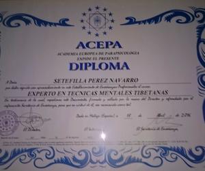 Diplomada en Experto en Técnicas Mentales Tibetanas. Por el Centro ACEPA.