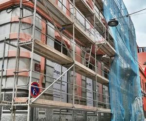 Andamios súper para rehabilitación de fachada. Calle San Pedro, Santa Cruz de Tenerife.