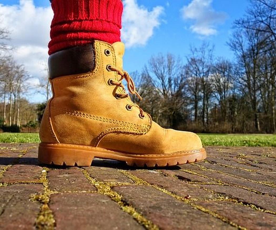 Breves reseñas históricas sobre el calzado