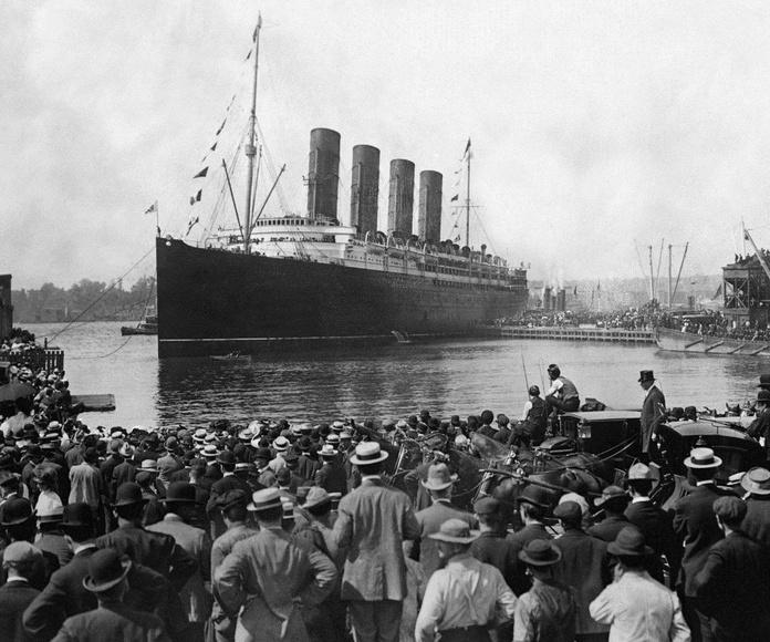 Un día como hoy, El Titanic sale del puerto de Southampton