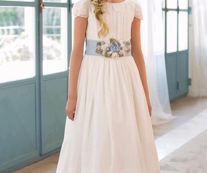 Vestidos comunión firma Aire: Vestidos de novia y otros de Lorena Rubio Vistiendo Sueños