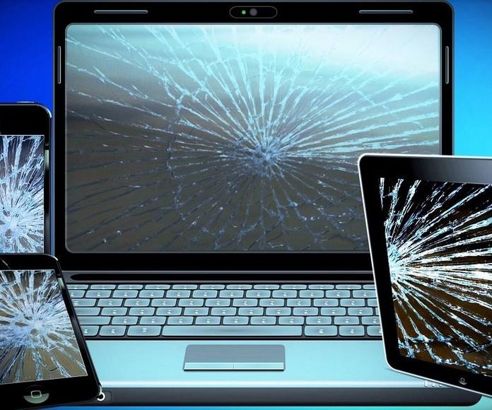 Reparaciones moviles y ordenadores: Servicios de D'En Bossa Mobile