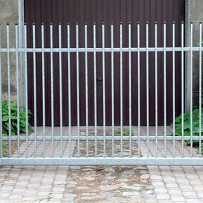 Cómo mantener siempre perfecta la puerta de tu garaje