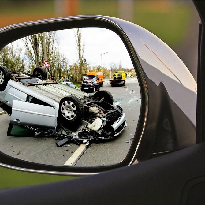 ¿Qué hacer si el conductor causante de un accidente no tiene seguro?
