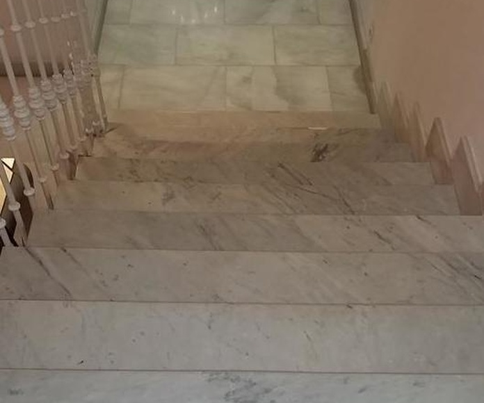 Pulido de suelo escalera