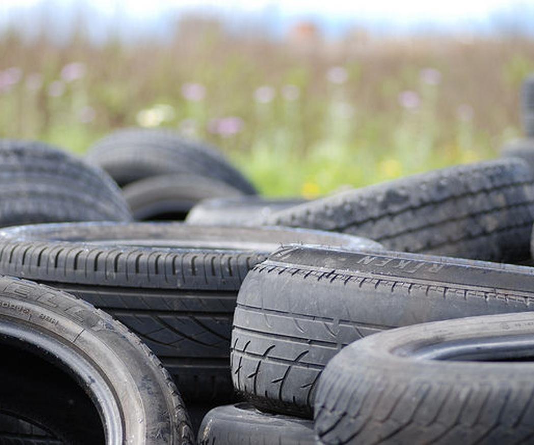 ¿Cuándo es necesario cambiar los neumáticos de tu coche?
