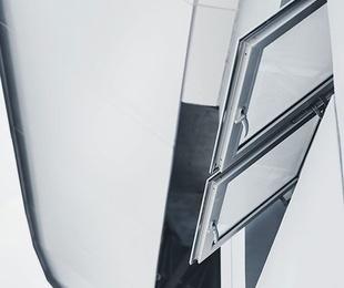 Ventana batiente de aluminio