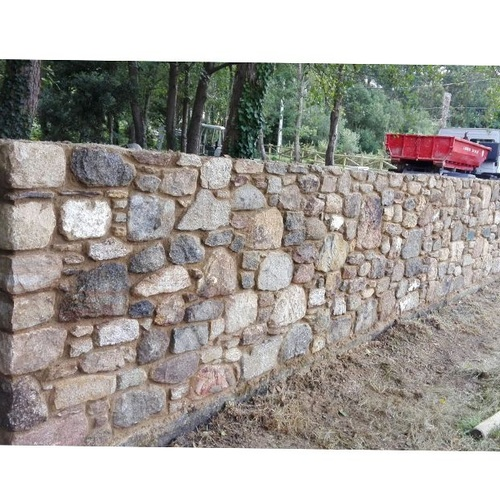 Trabajos de construcción con piedra