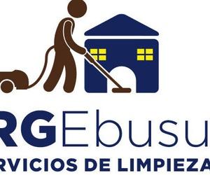Servicios de limpieza, desinfección, pulidos y tratamientos de suelos, limpieza de cristales, ...