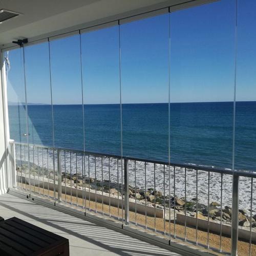 Instalación de cortinas de cristal en Estepona