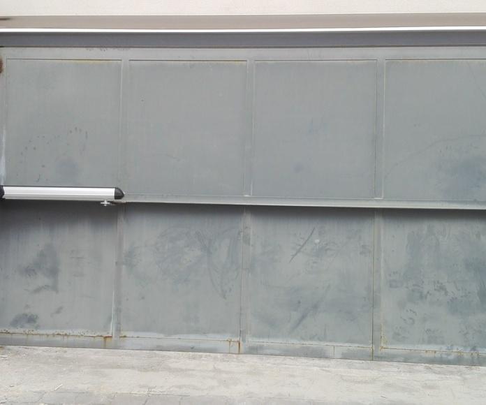 automatización de puerta batiente residencial en torrent motor electromecánico largo