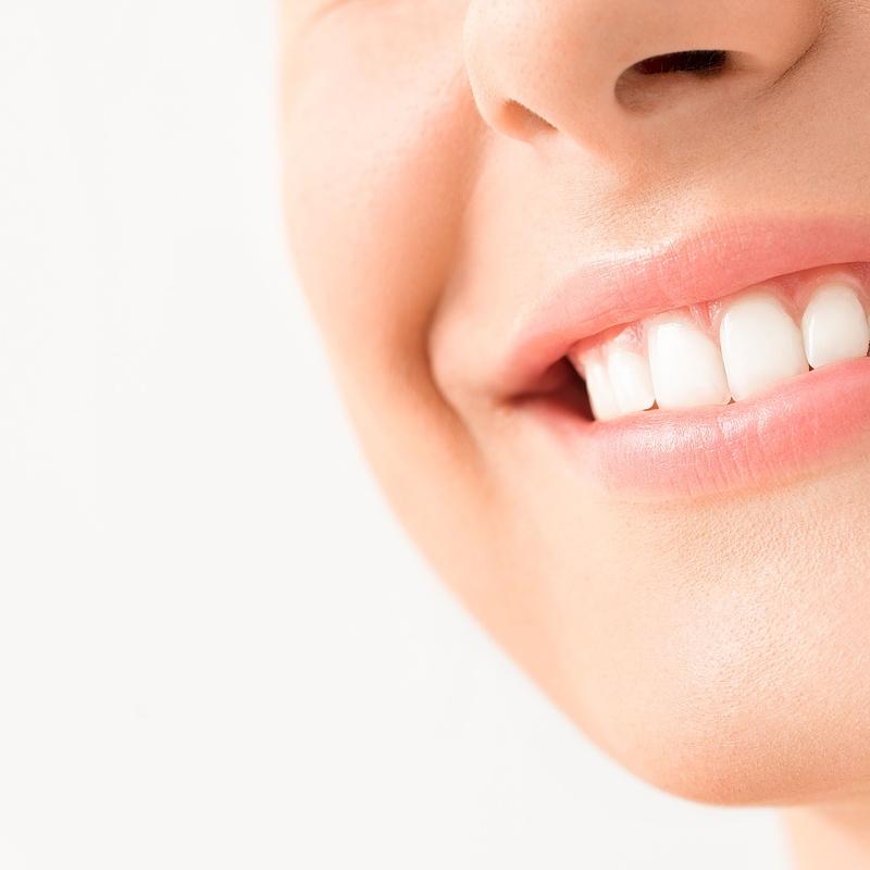 Prótesis dentales: Servicios de Clínica Dental Ercilla