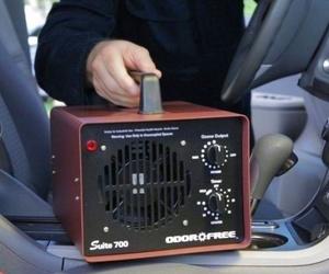 TALLERES PEÑARRUBIA Desinfectar el interior del coche con una     máquina  de  ozono