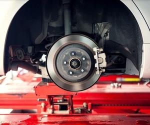 Todos los productos y servicios de Mecánica y electricidad del automóvil: TALLERES TOÑO BARCIA S.L.