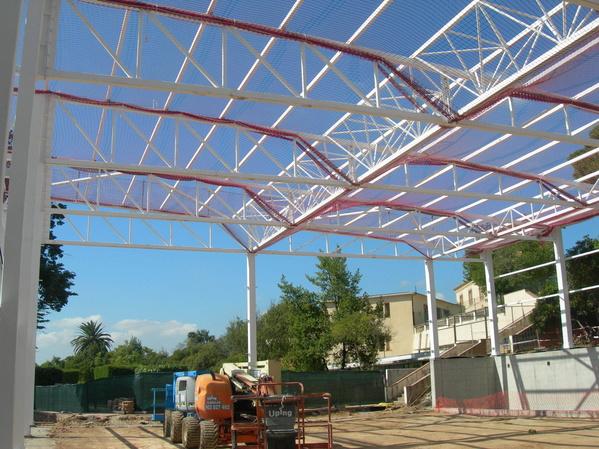 Estructura metálica del pabellón, Escola Pere Vergés (Badalona): Trabajos realizados de Global Metall, S.C.P.