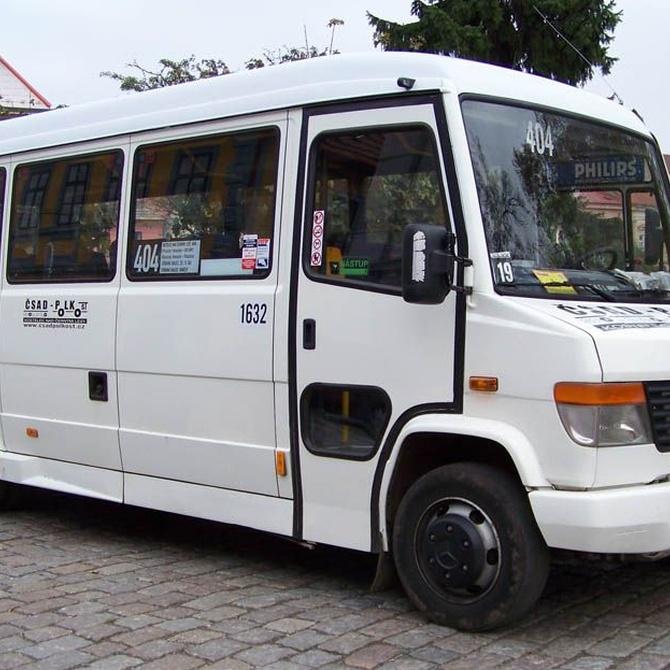 Ventajas de alquilar un minibús
