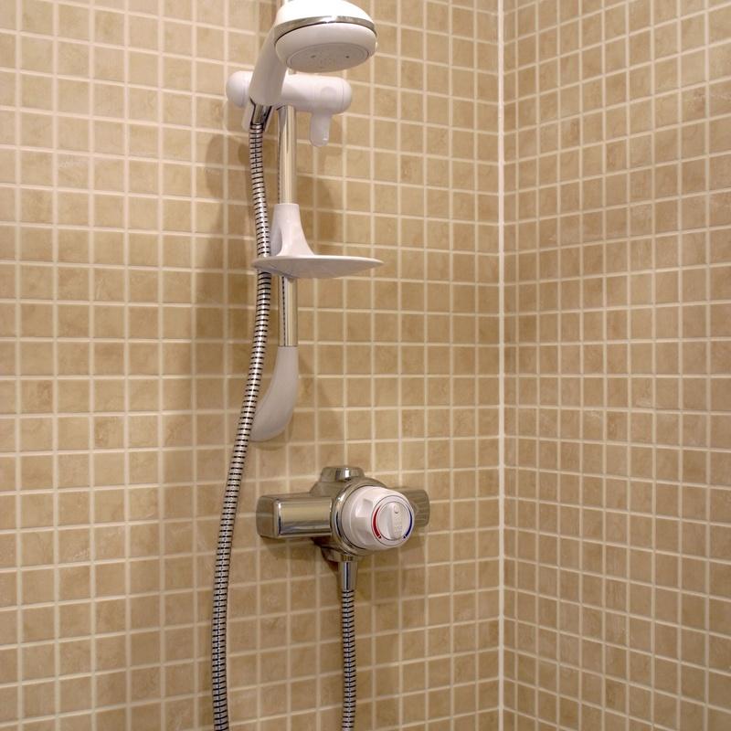 Baño y ducha: Servicios de Fontanería Pablo