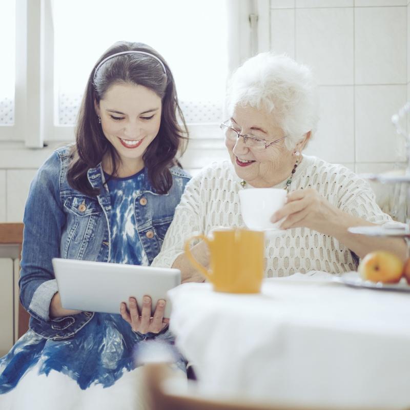 Ayuda a personas mayores: Servicios de Ayuda Domicilio Velando
