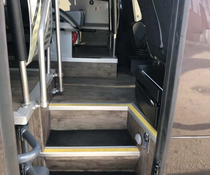 Transporte personal y de empresa: Servicios de Autocares Serrano